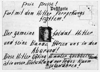 one-of-the-postcards-the-hampels-wrote-credit-aufbau-verlag